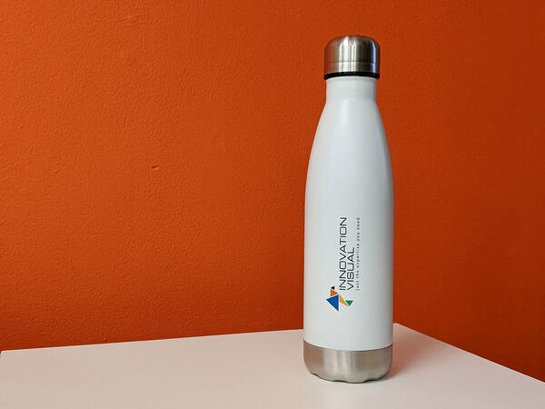 Innovation Visual's re-usable water bottle