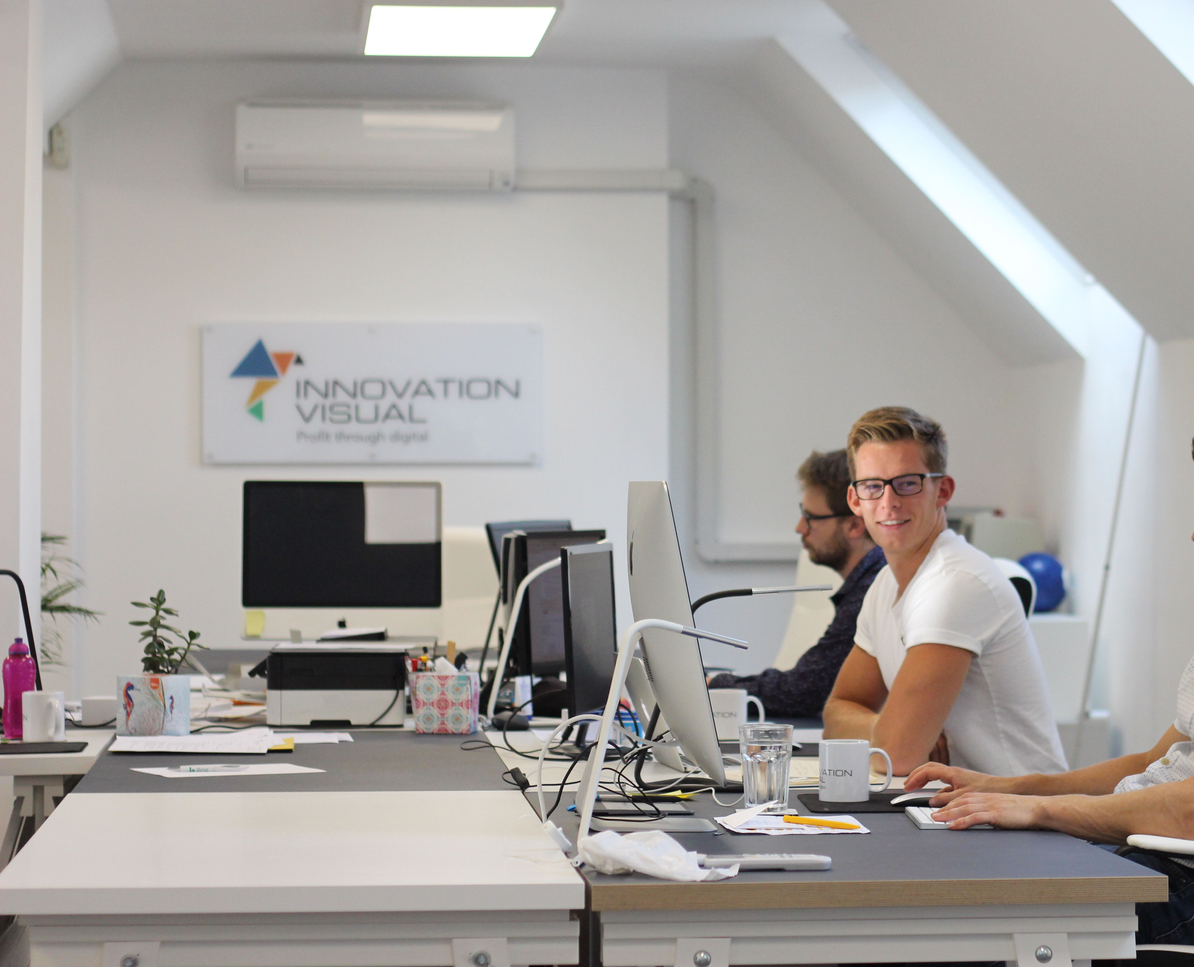 Innovation-Visual-digital-marketing-team-in-Surrey-office.jpg