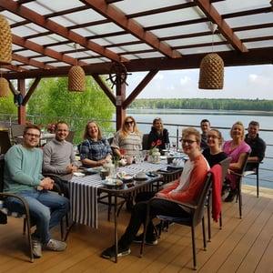 innovation-visual-team-enjoying-breakfast-in-poland